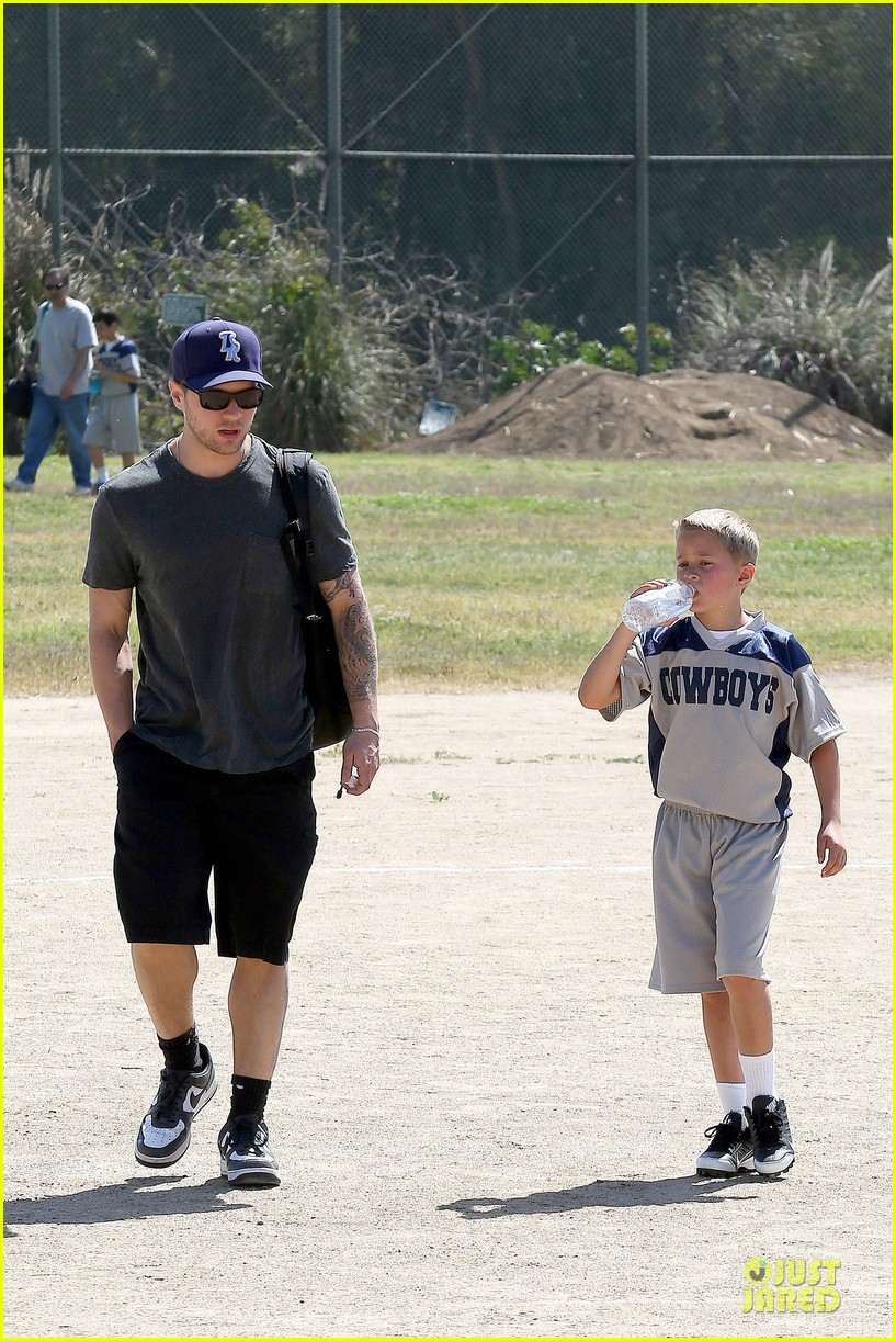 ryan phillippe deacon football game supporter 122854188