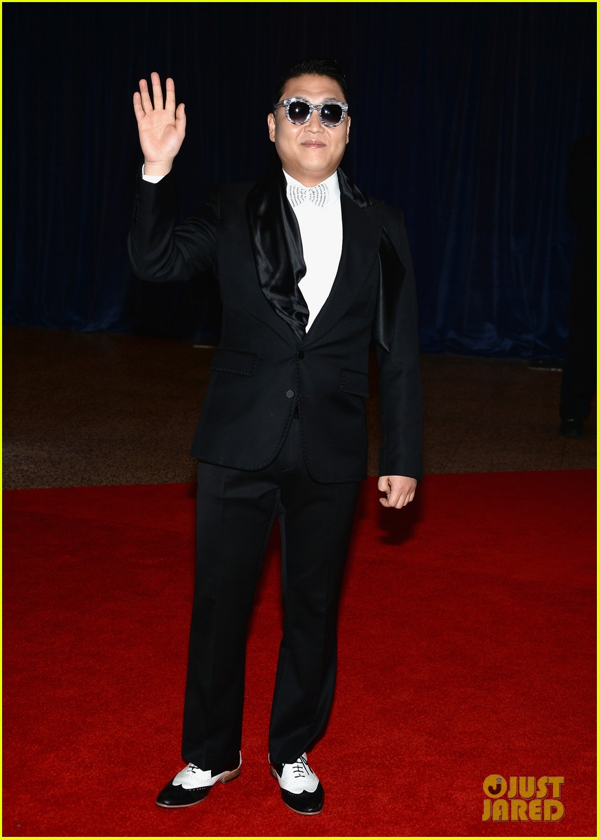 psy white house correspondents dinner 2013 03