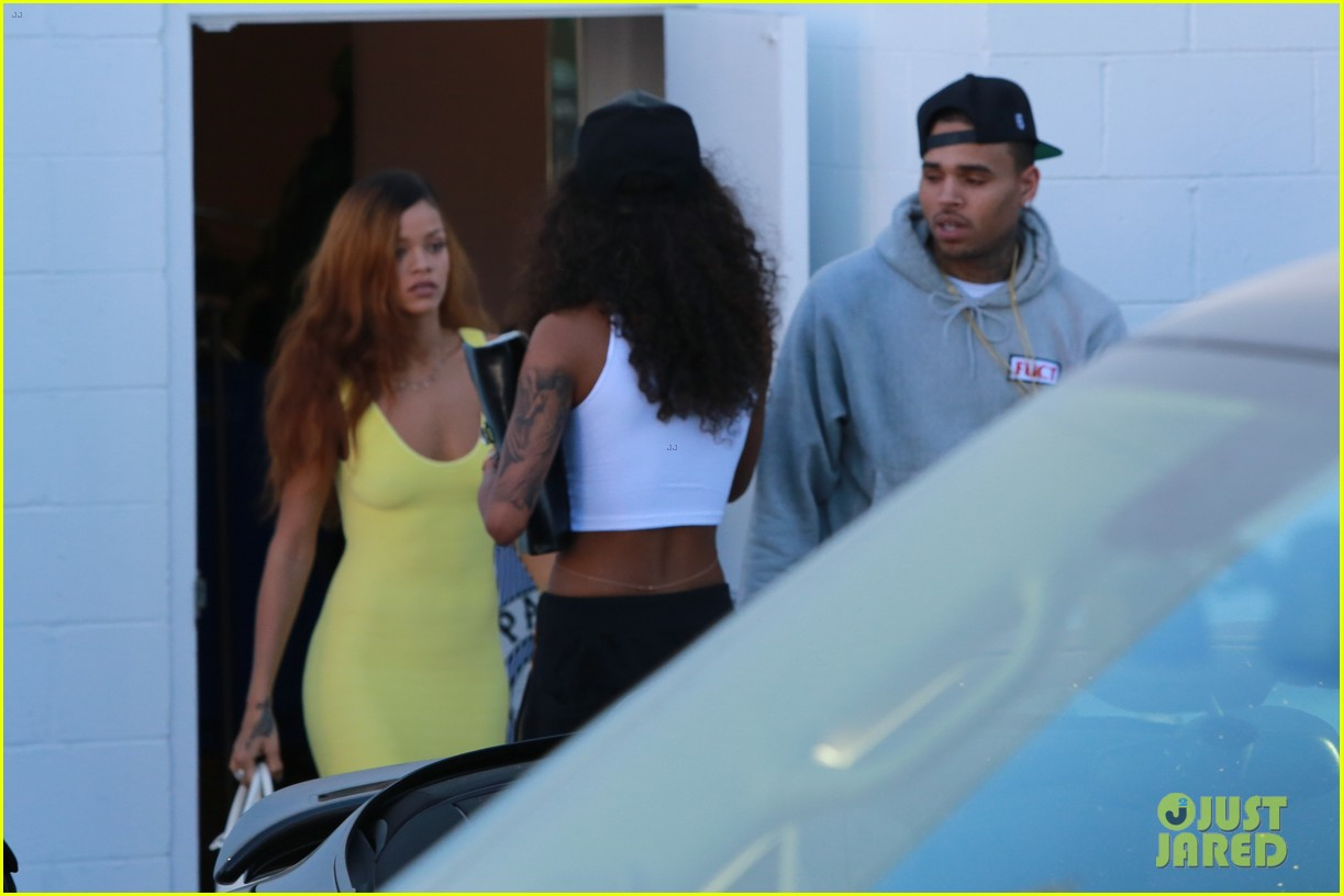rihanna chris brown wild style shoppers 142847488
