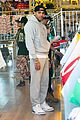 rihanna chris brown wild style shoppers 05