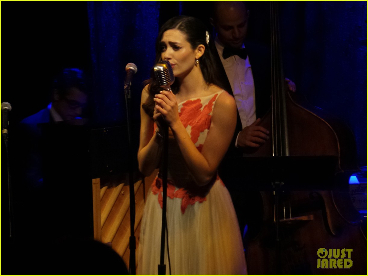 emmy rossum sayers club performance 042858638