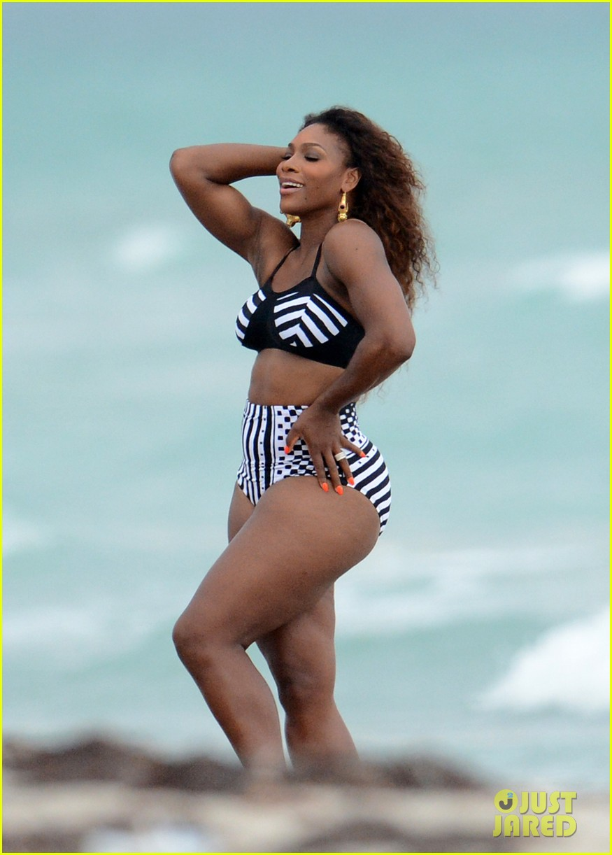 serena williams bikini beach photo shoot 25