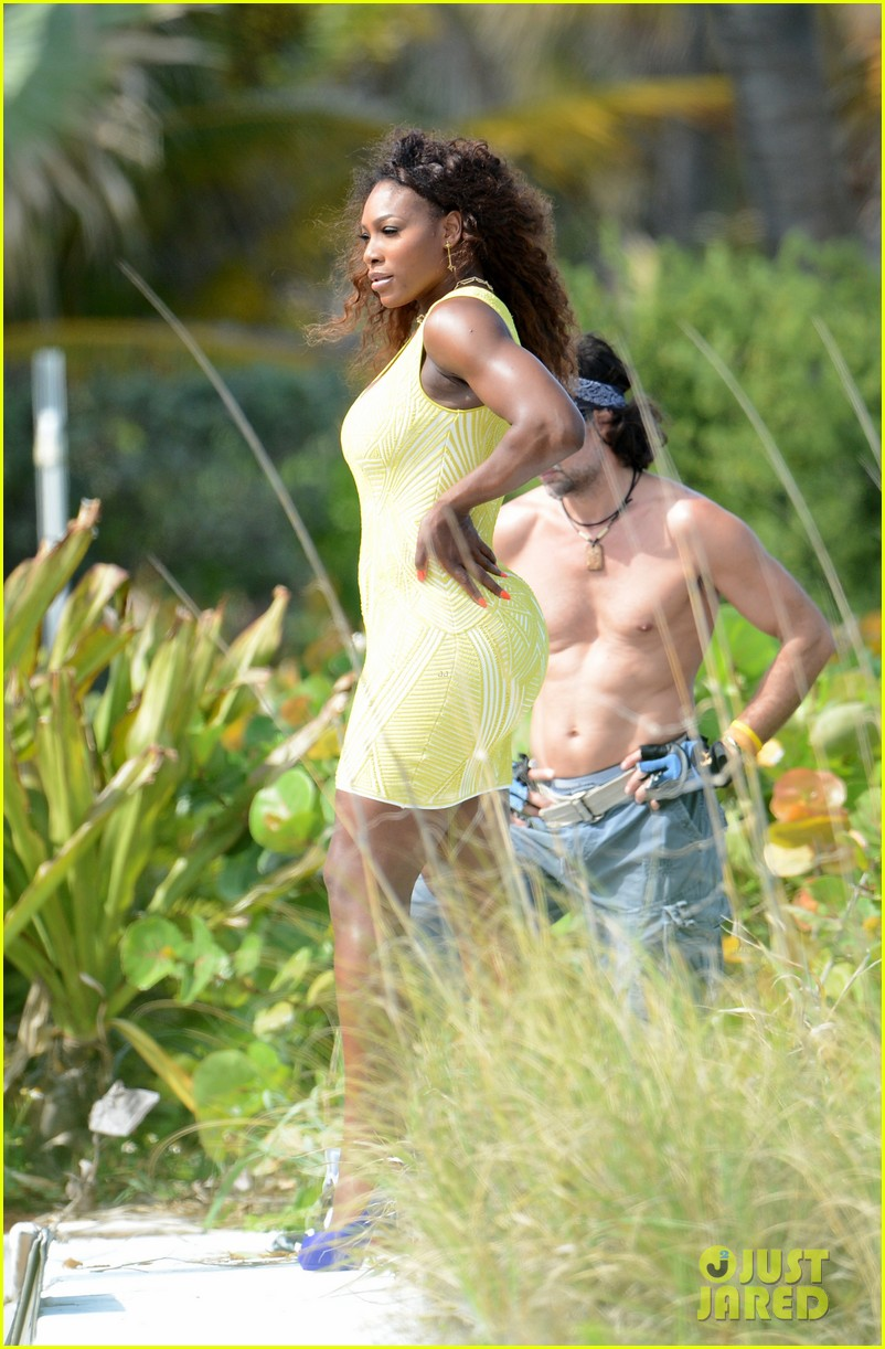 serena williams bikini beach photo shoot 35