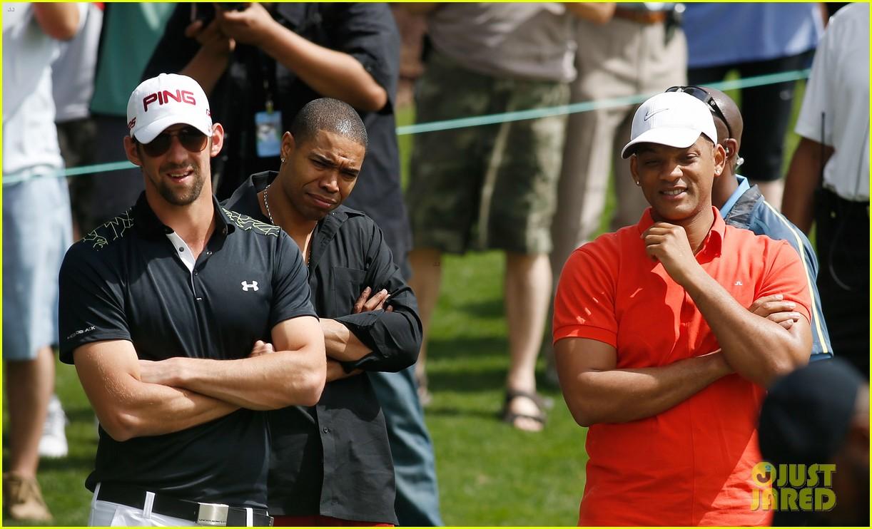 will smith michael phelps celebrity golf tournament 17