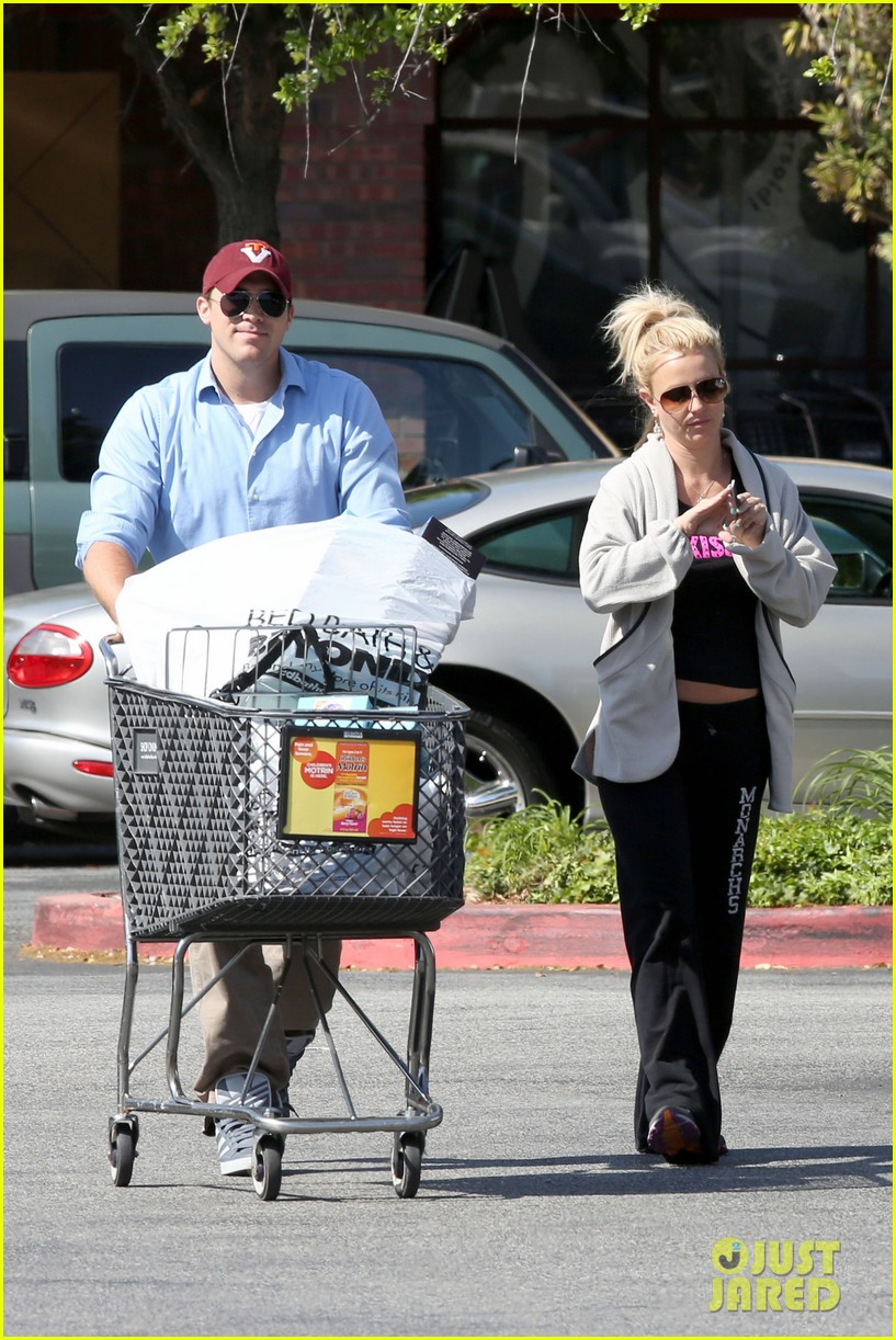britney spears david lucado breakfast shopping duo 062858060