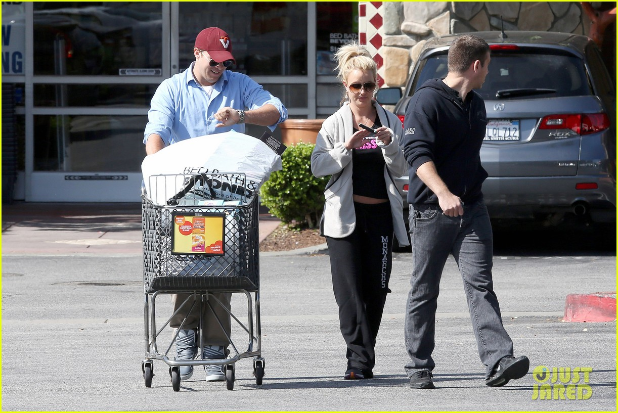 britney spears david lucado breakfast shopping duo 212858075