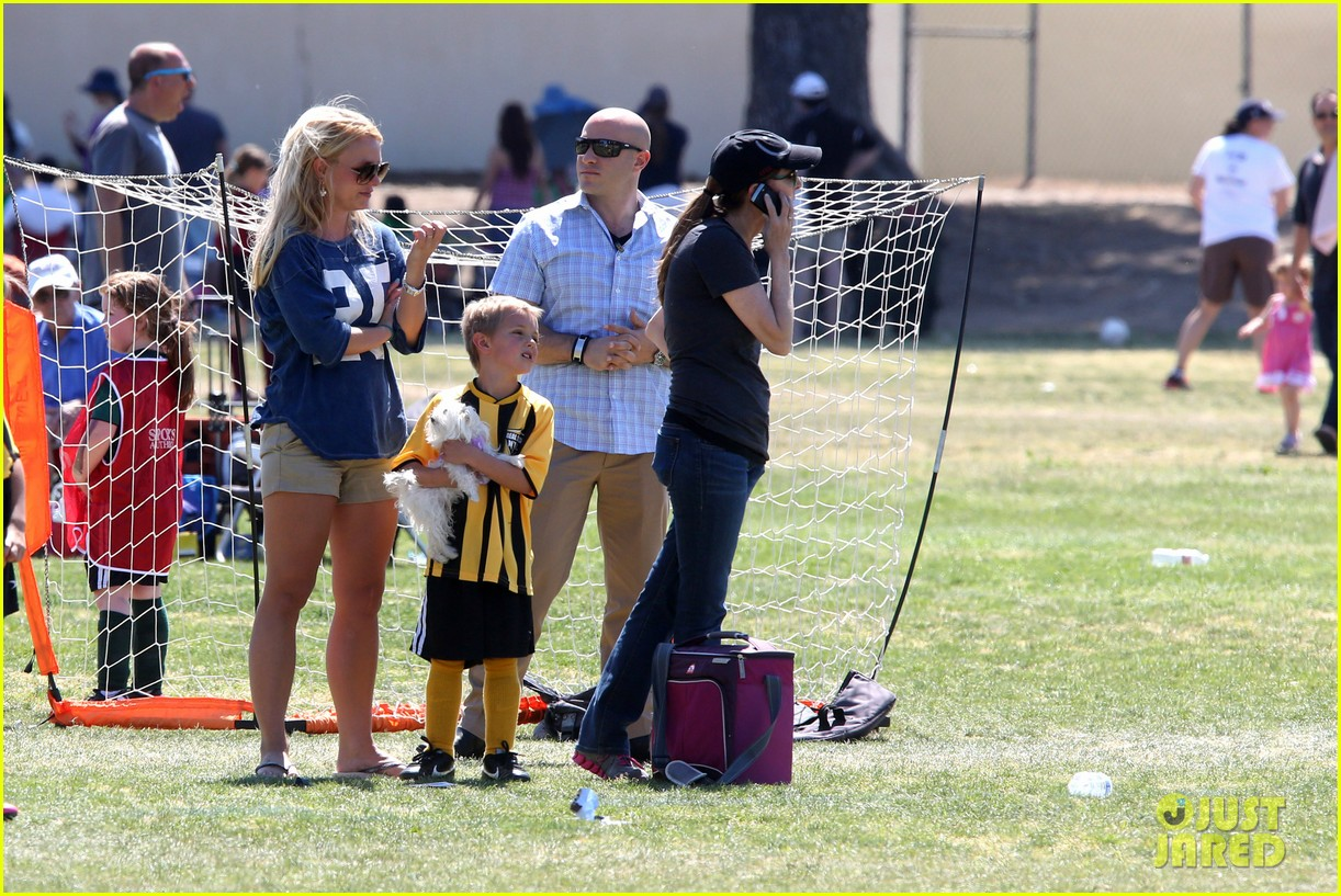 britney spears nails soccer sunday 212855162