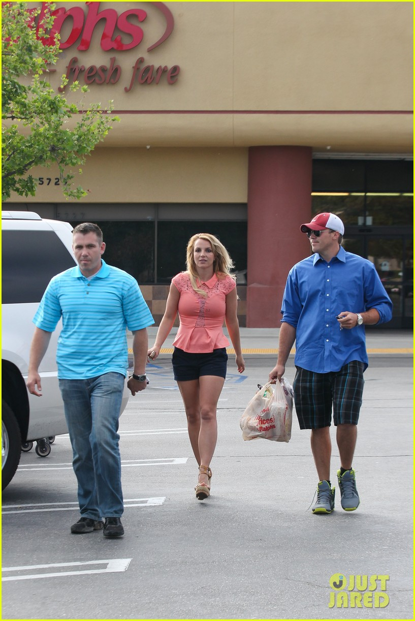 britney spears david lucado saturday ralphs run 19