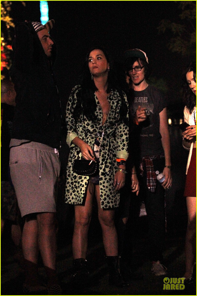 kristen stewart robert pattinson coachella with katy perry 012848908