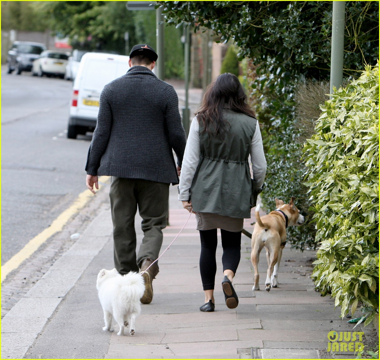 channing tatum pregnant jenna dewan london dog walk 162860581