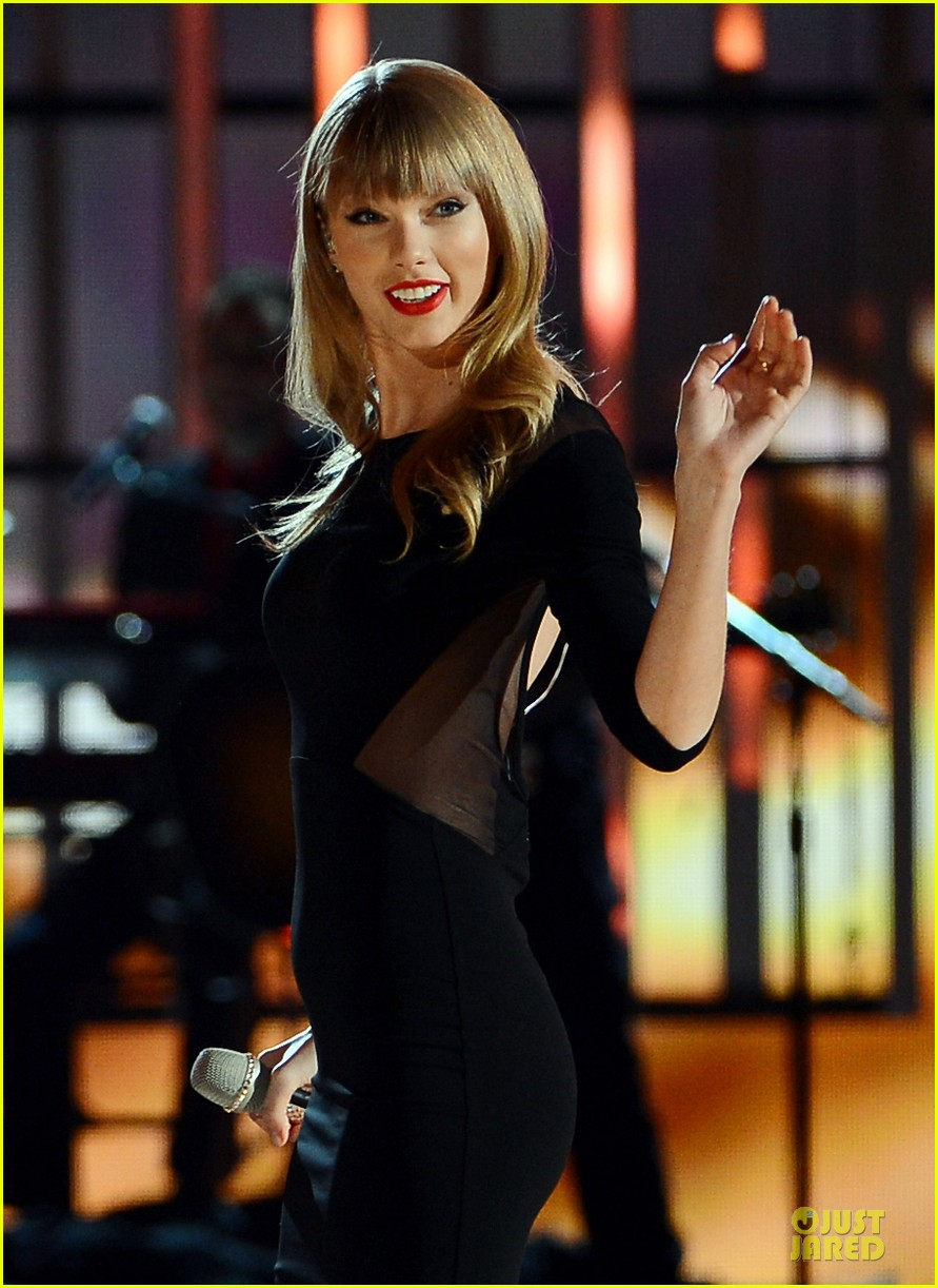 taylor swift tim mcgraw superstar summer night performer 022845973