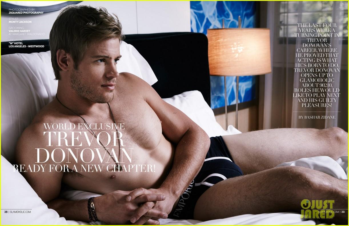trevor donovan underwear clad glamoholic april 2013 cover 01