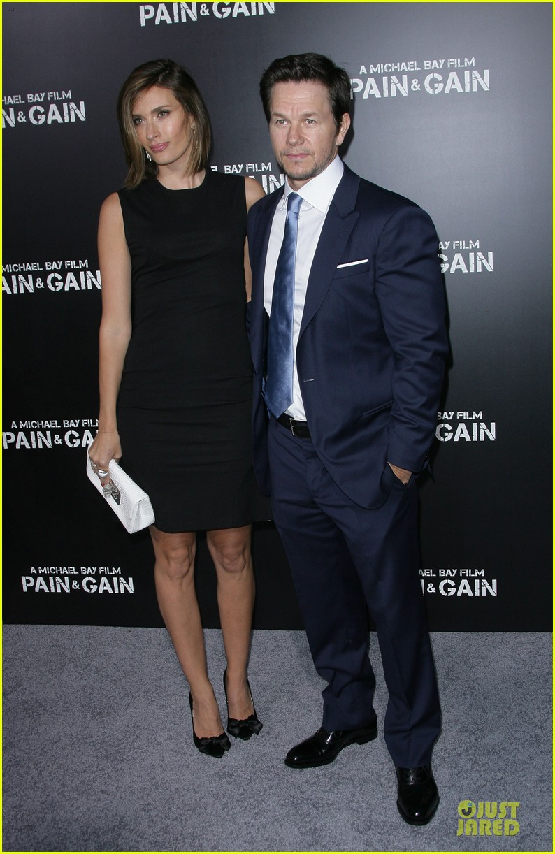 mark wahlberg rhea durham pain gain hollywood premiere 22
