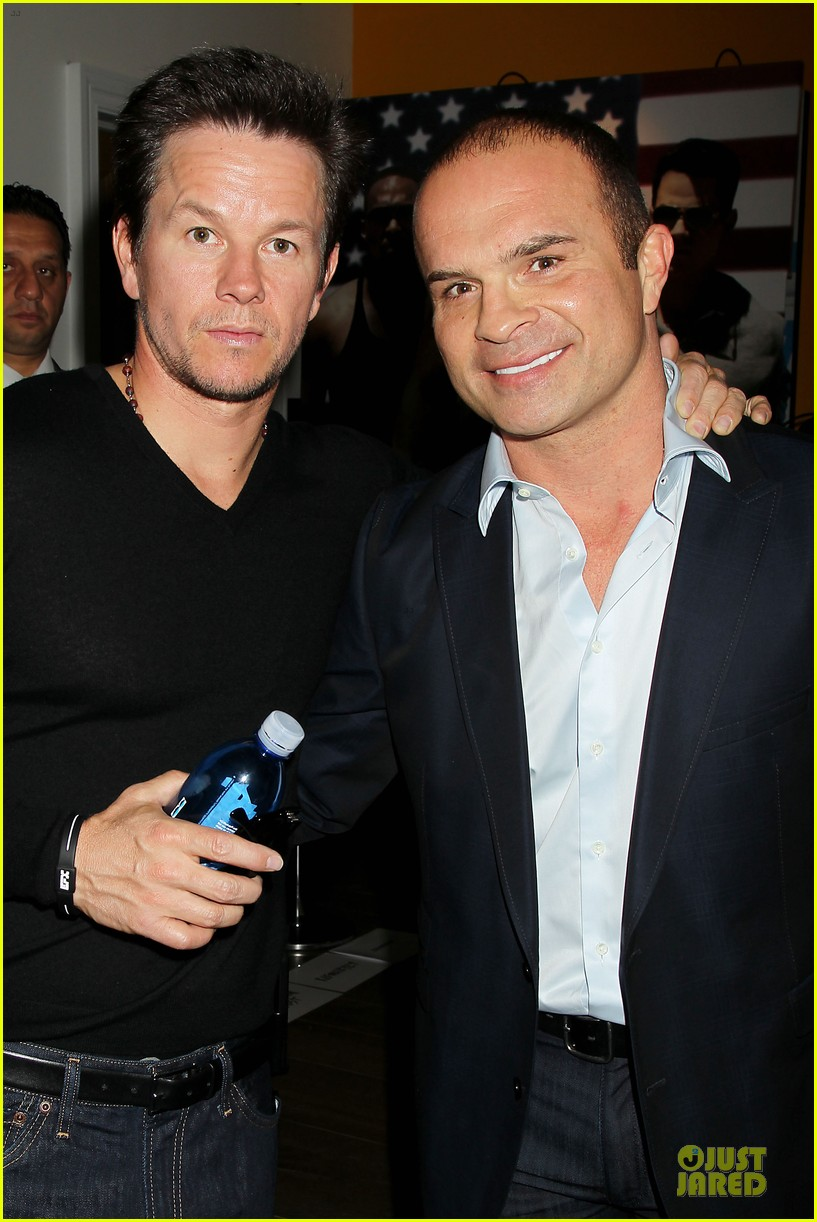 mark wahlberg peter facinelli pain and gain nyc screening 04
