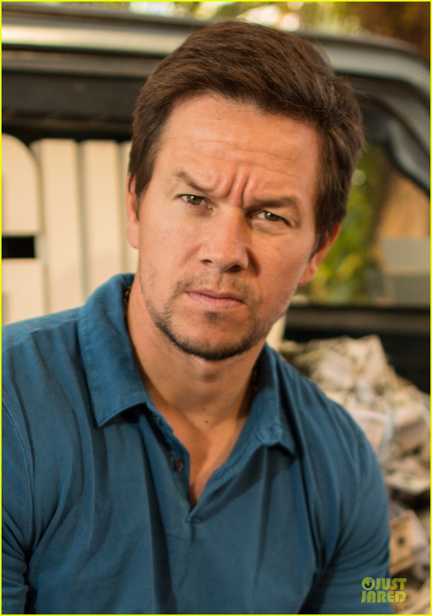 mark wahlberg denzel washington 2 guns mexican photo call 23
