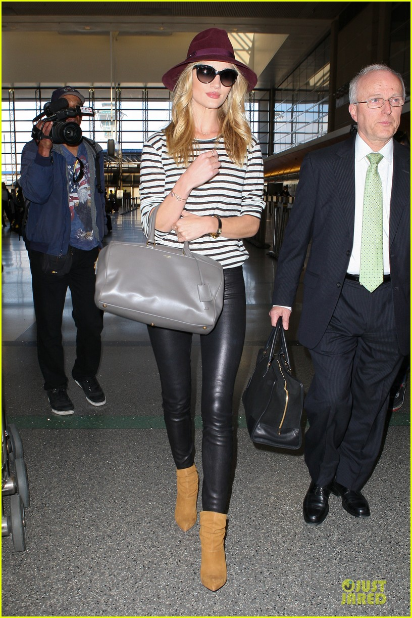 rosie huntington whiteley lax arrival after new orleans trip 21