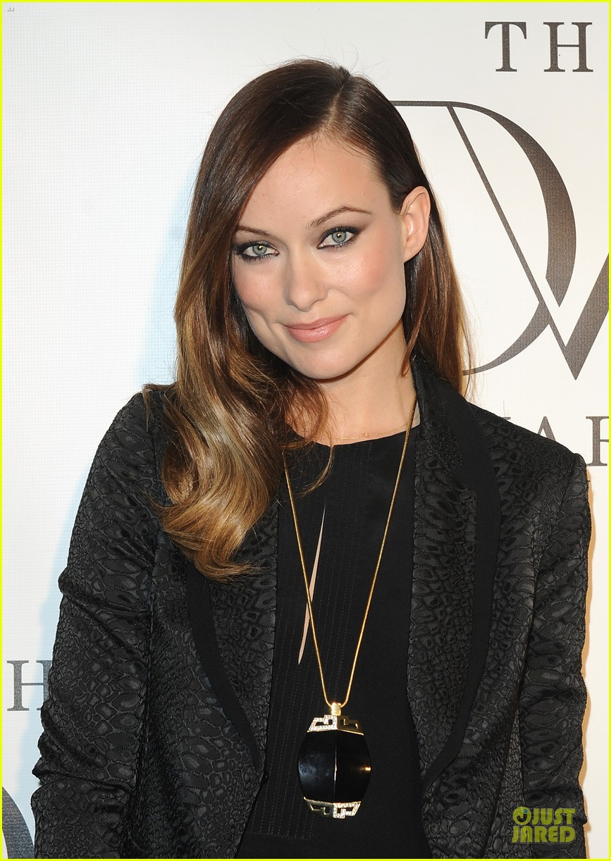 olivia wilde dvf awards with gabby douglas 06