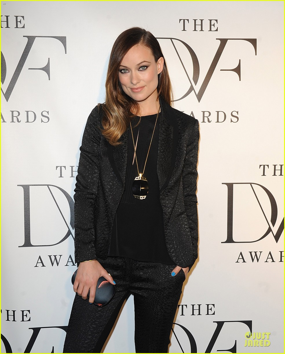 olivia wilde dvf awards with gabby douglas 09