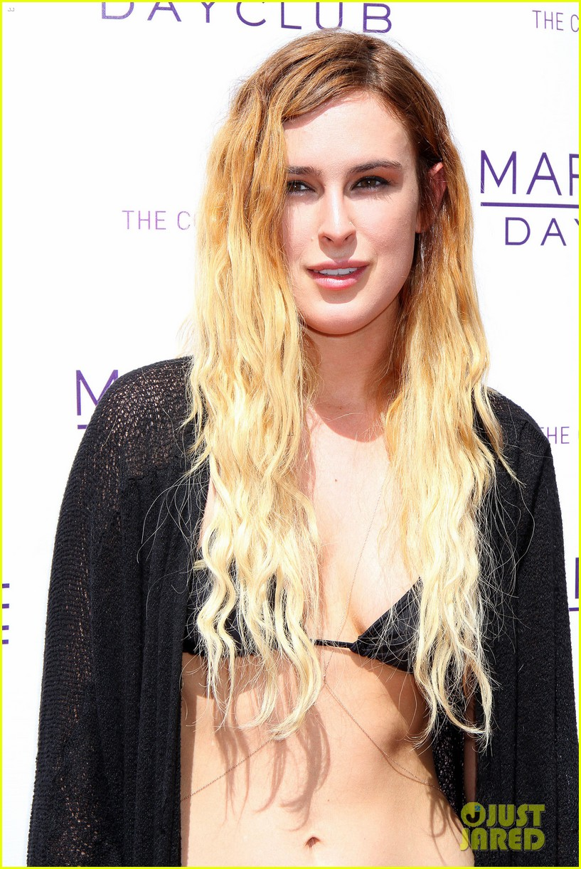 rumer willis bikini babe at marquee with jayson blair 07