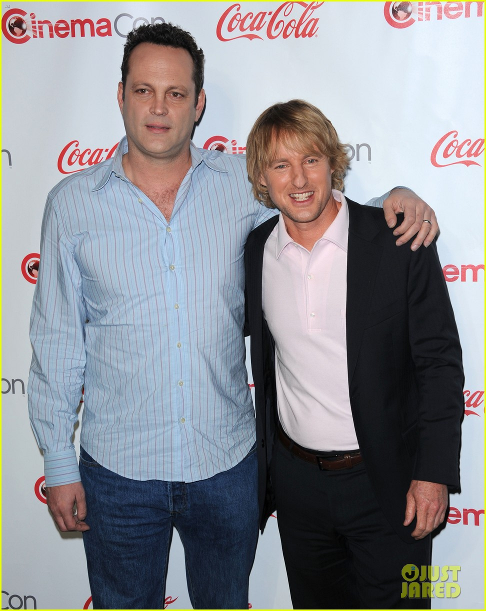 owen wilson vince vaughn cinemacon award winners 082853239