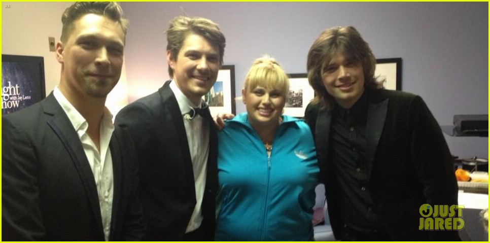 rebel wilson leno appearance with hanson 04