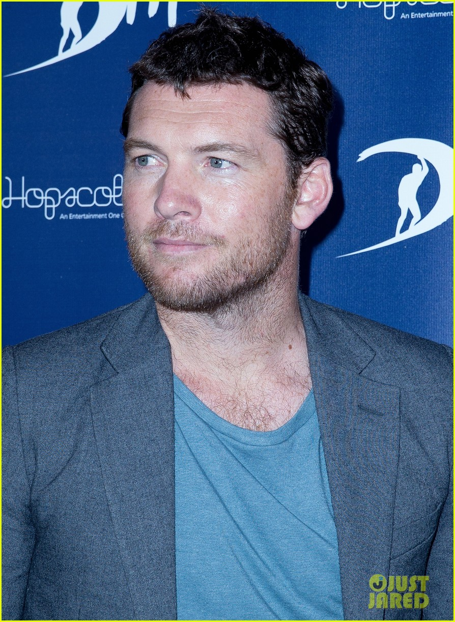 sam worthington xavier samuel drift sydney photo call 09