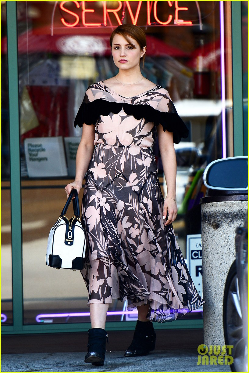 dianna agron wears floral dress with cape to att store 01
