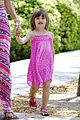 alessandra ambrosio shops at the brentwood country mart 11