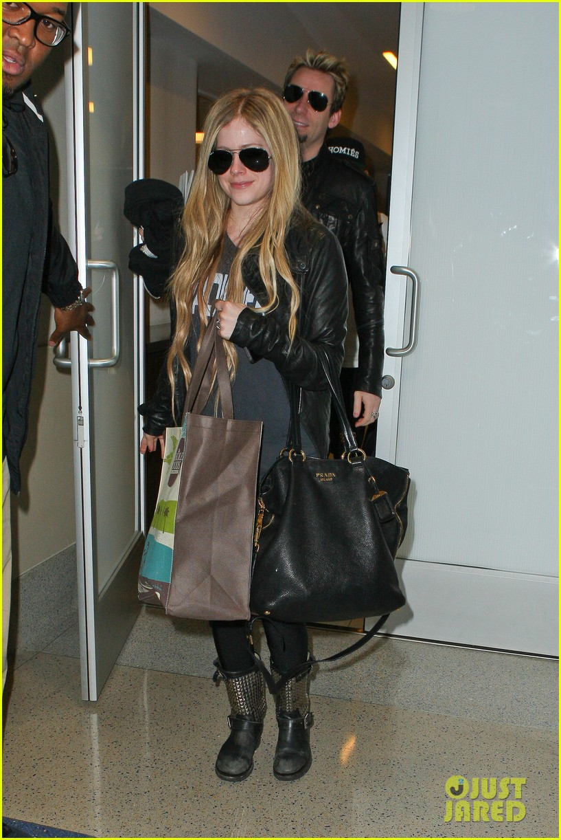 avril lavigne lax arrival after dwts performance 07