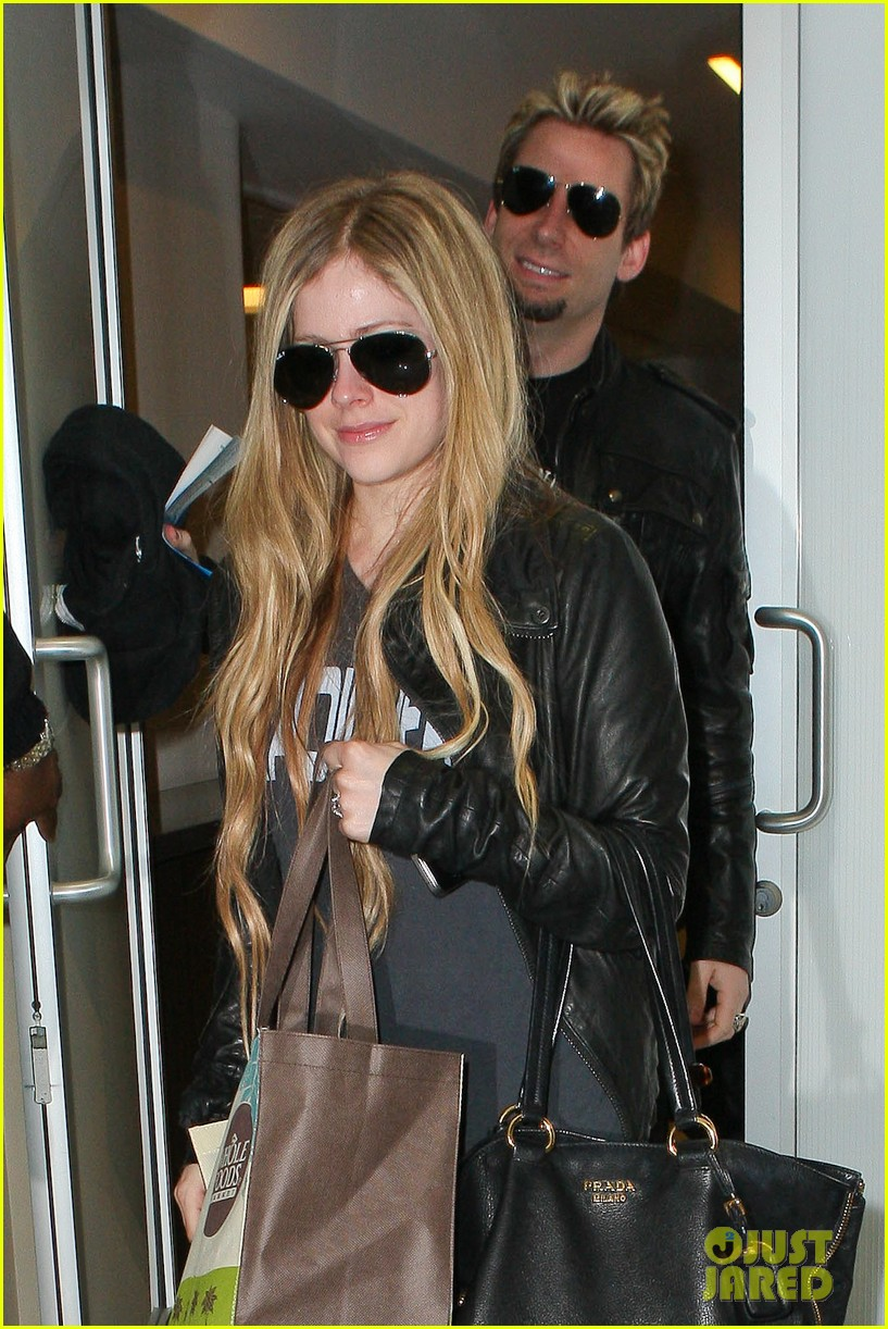 avril lavigne lax arrival after dwts performance 09