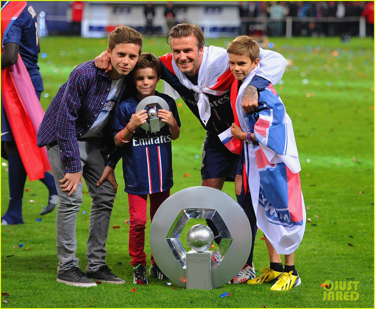david beckham celebrates final soccer game with family 052873280
