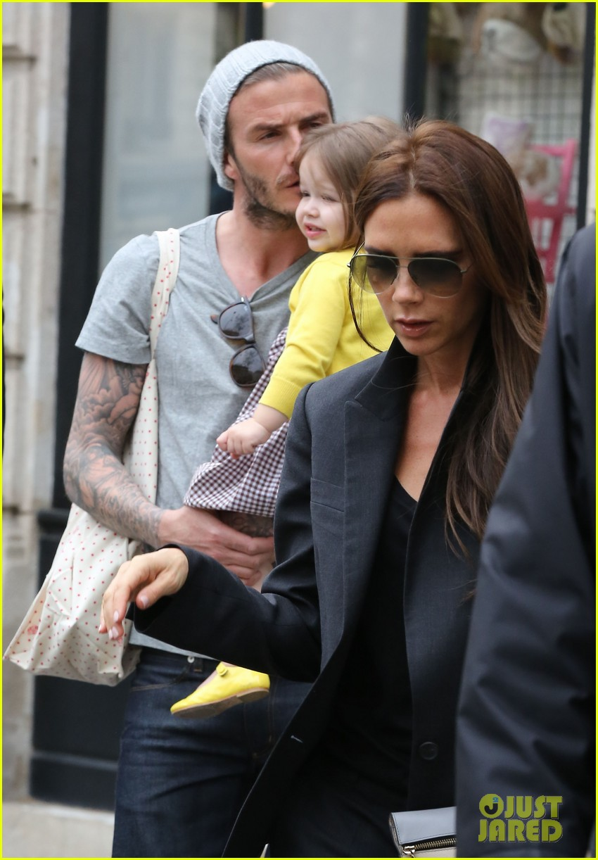 david victoria beckham shopping fun with harper 02