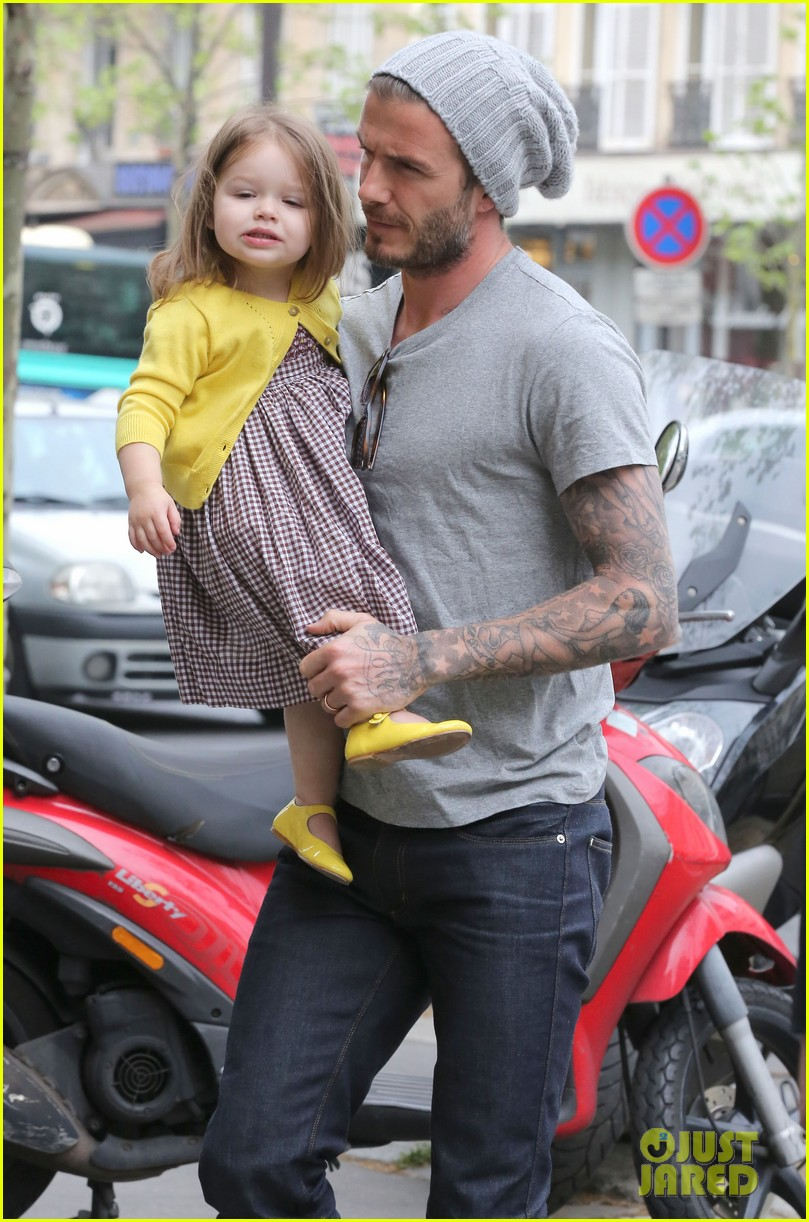 david victoria beckham shopping fun with harper 07