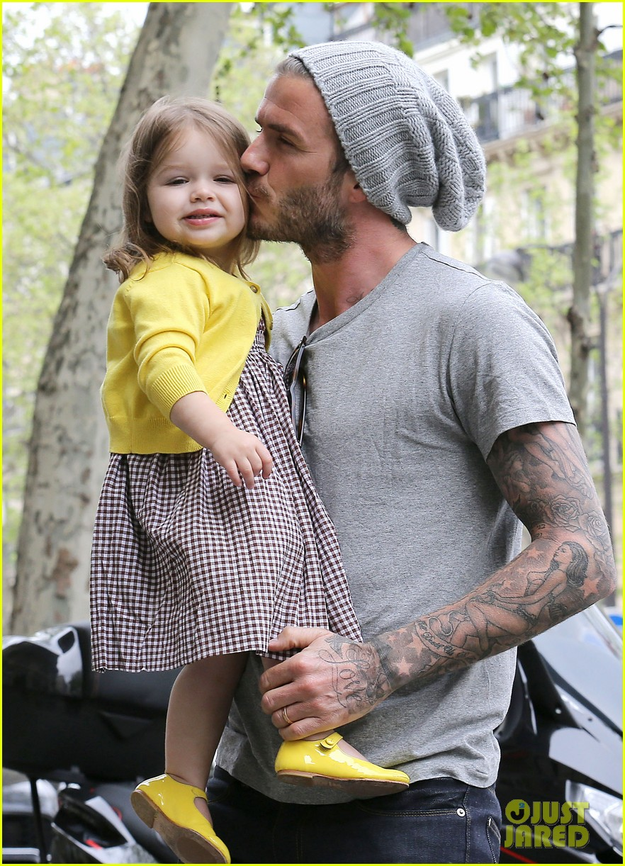 david victoria beckham shopping fun with harper 19