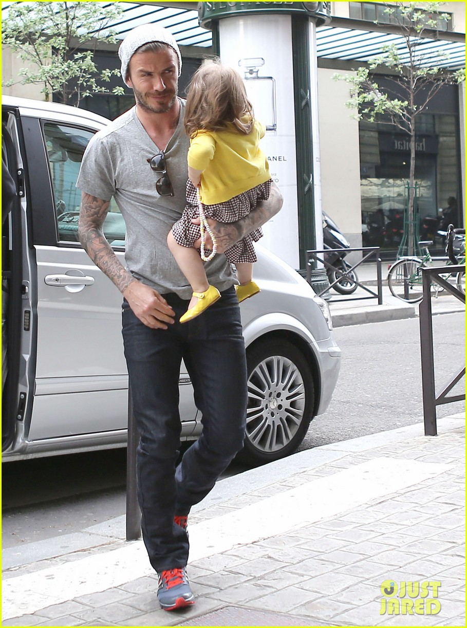 david victoria beckham shopping fun with harper 28