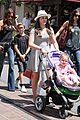 victoria david beckham separate shopping trips with the kids 25