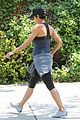 halle berry pregnant baby bump in workout clothes 05