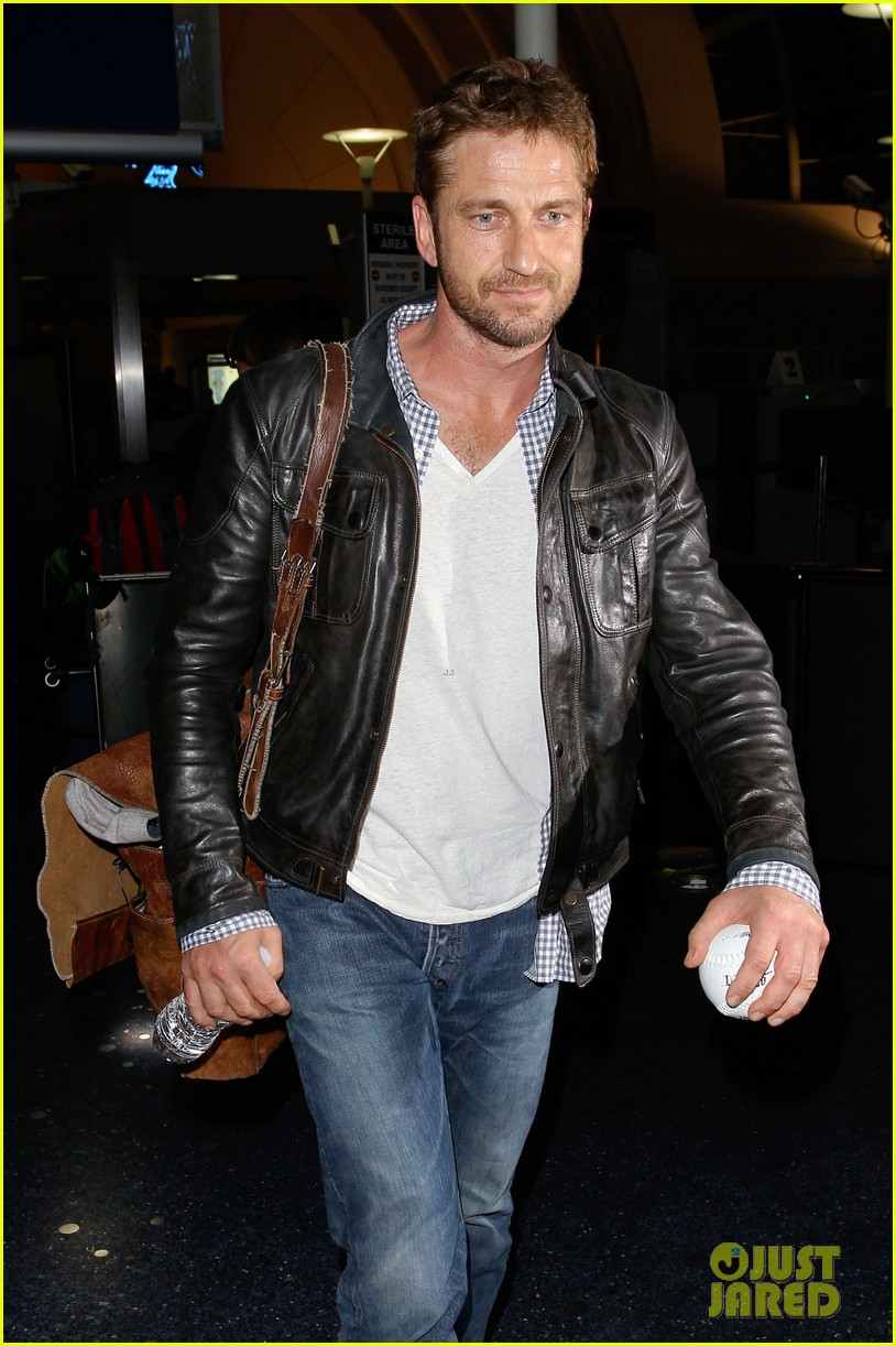 gerard butler from new york to lax 022867133