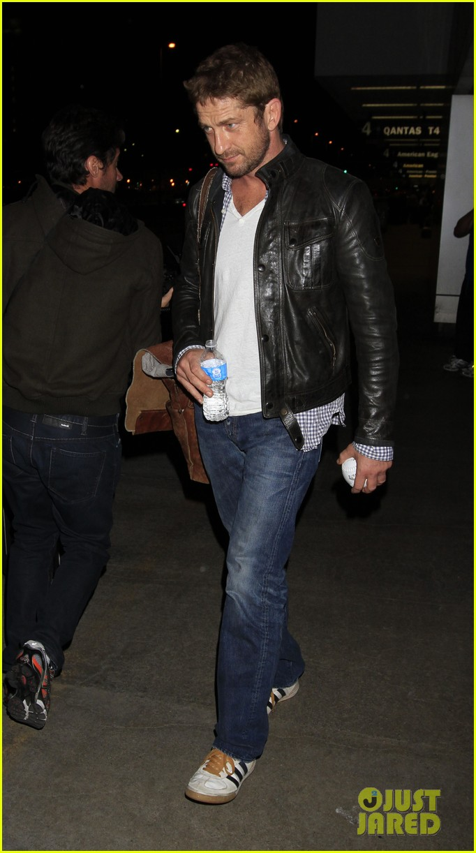gerard butler from new york to lax 032867134