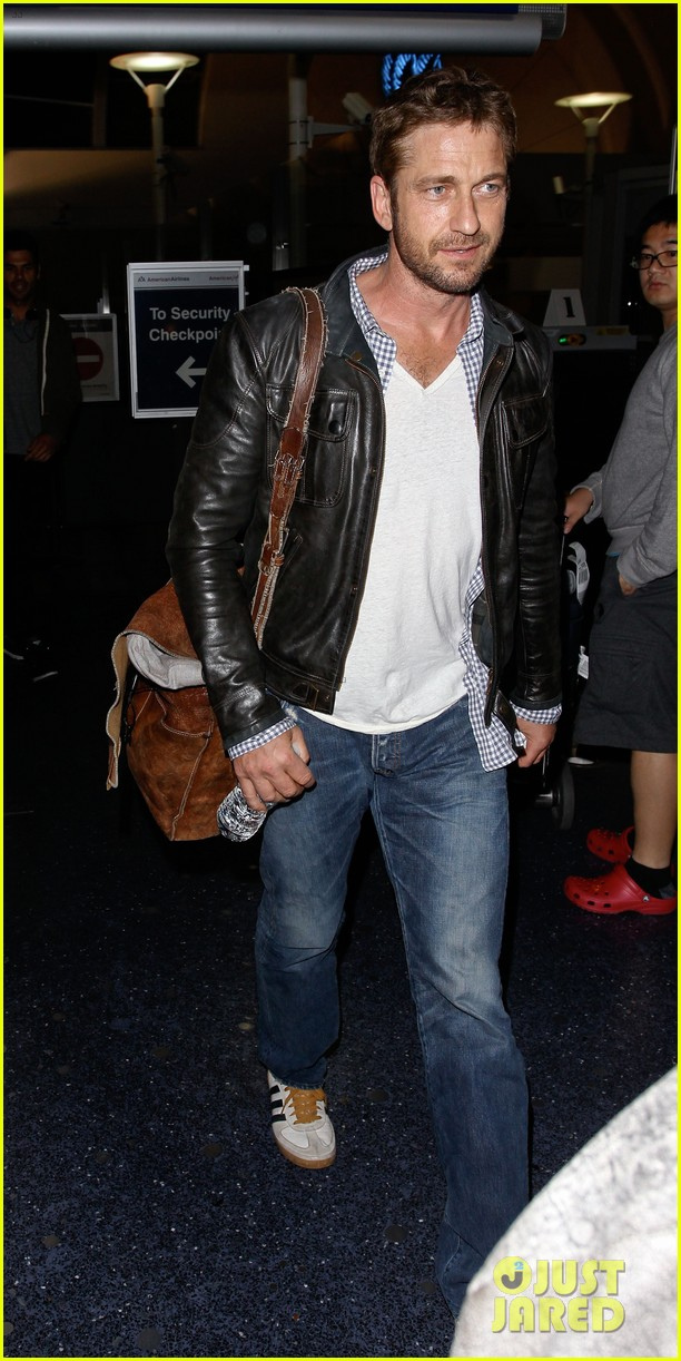 gerard butler from new york to lax 052867136