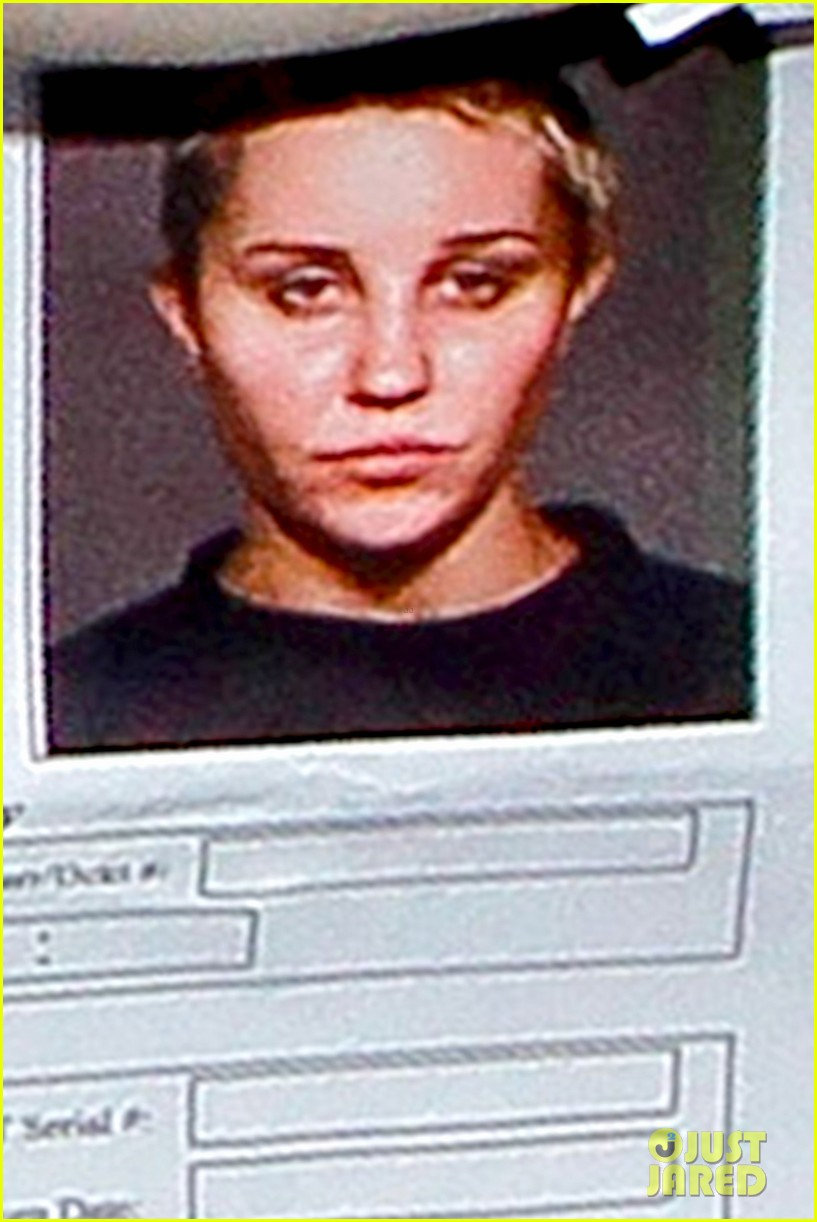 amanda bynes mugshot revealed for drug arrest 01