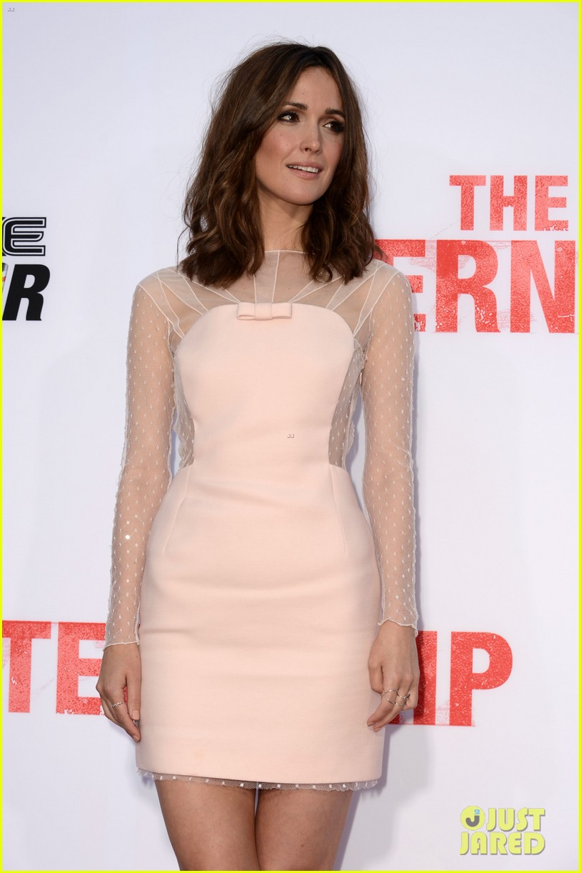 rose byrne jessica szohr the internship premiere 11