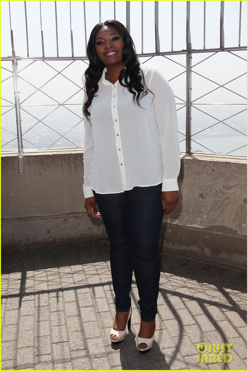 american idol winner candice glover visits empire state building exclusive quotes 03