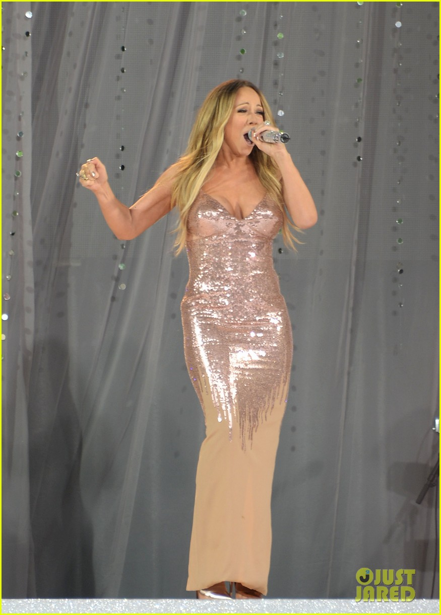 mariah carey wardrobe malfunction on gma 092877423