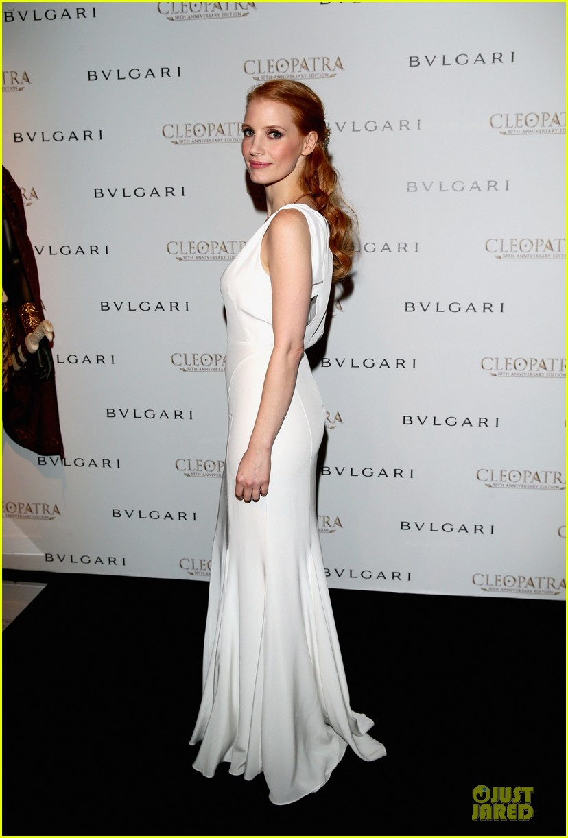 jessica chastain cleopatra cocktail party 11