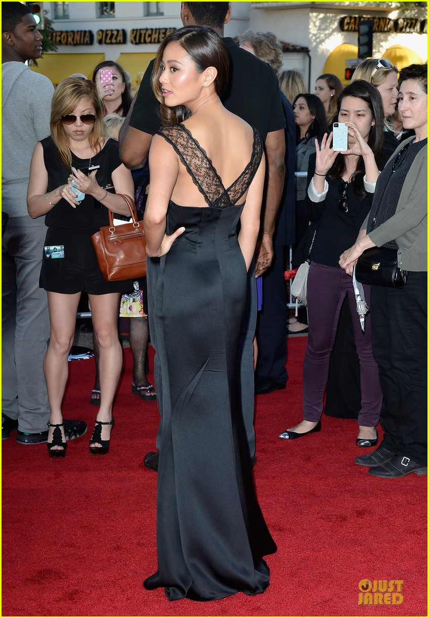 jamie chung naya rivera the hangover part iii premiere 082875278