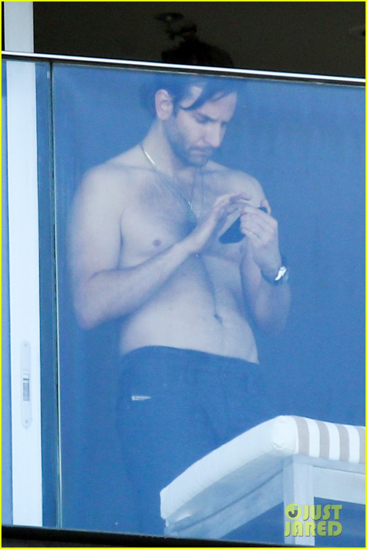 bradley cooper shirtless after brazil arrival with hangover guys 05