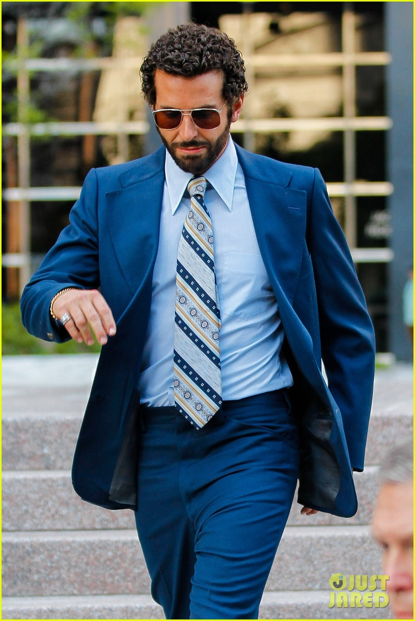 bradley cooper works out before filming american hustle 12
