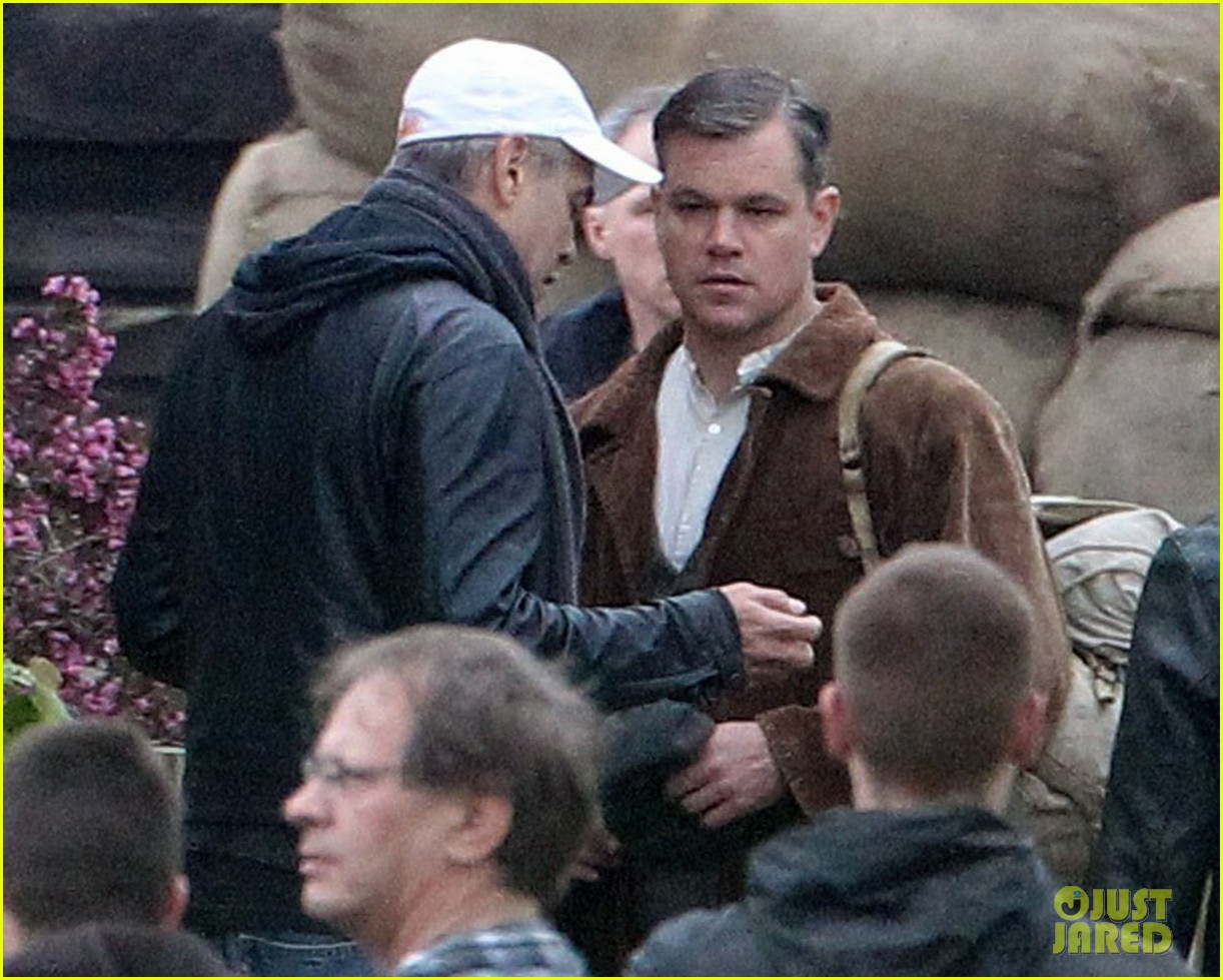 matt damon george clooney get to work on monuments men 04