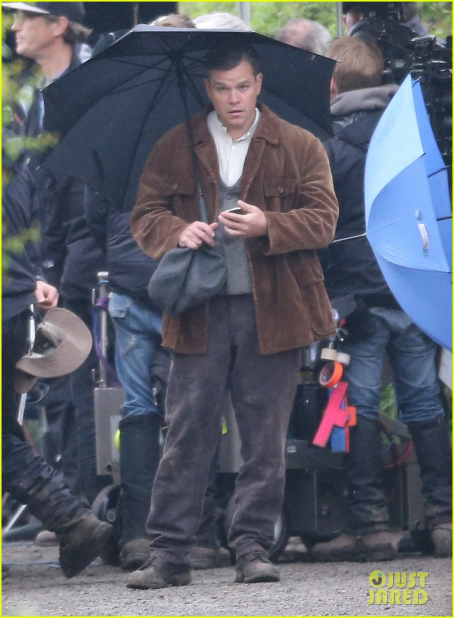 matt damon george clooney get to work on monuments men 092880923
